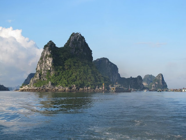 Bai Tu Long Bay - ideal destination for your vacation 2