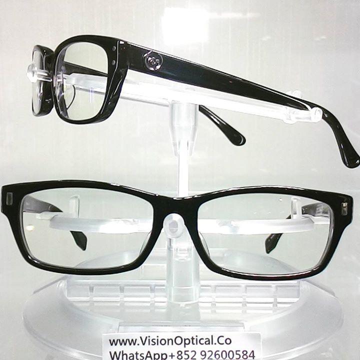 精明眼鏡公司: VIKTOR&ROLF 眼鏡VR700036&61 兩款方形款