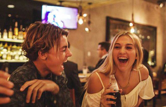 Un estudio revela que las parejas que se emborrachan juntas duran más