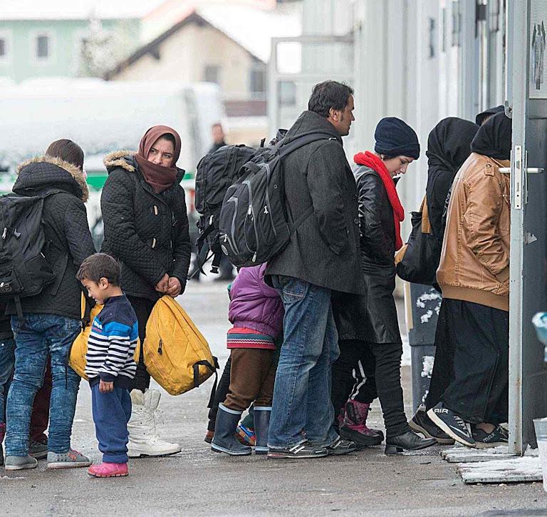 Prefeitura de Hamburgo confisca moradia de alemães para 'acolher' invasores