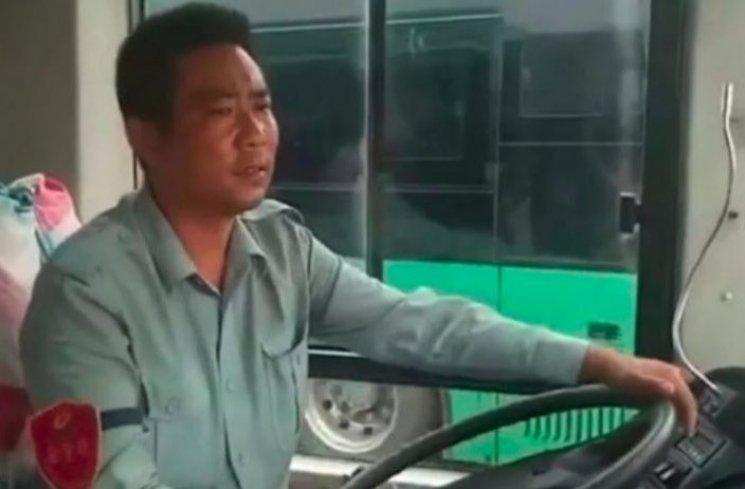 Sopir Sulap Bus Jadi Biro Jodoh, Berhasil Nikahkan 23 Pasangan