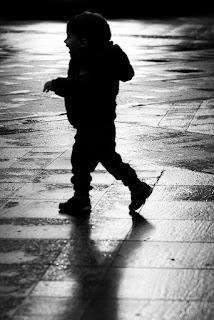 Fotografiando bajo la lluvia en la calle