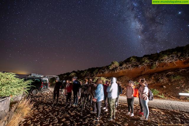 El Cabildo acerca la ciencia a 500 jóvenes de la isla a través de talleres de astronomía