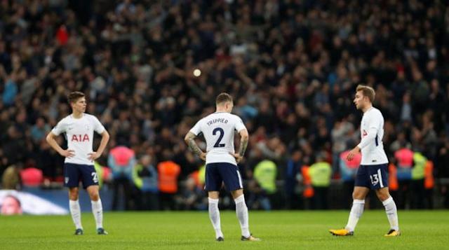 AGEN BOLA - Tottenham Hotspur gagal melaju ke perempat final setelah dikalahkan West Ham 3-2