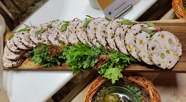 Chicken and Pistachio Roulade