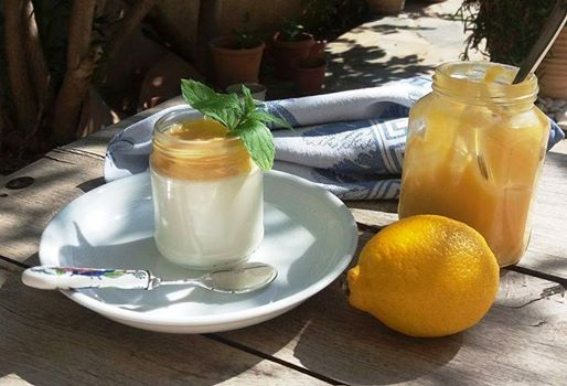 Panna cotta with lemon cheese