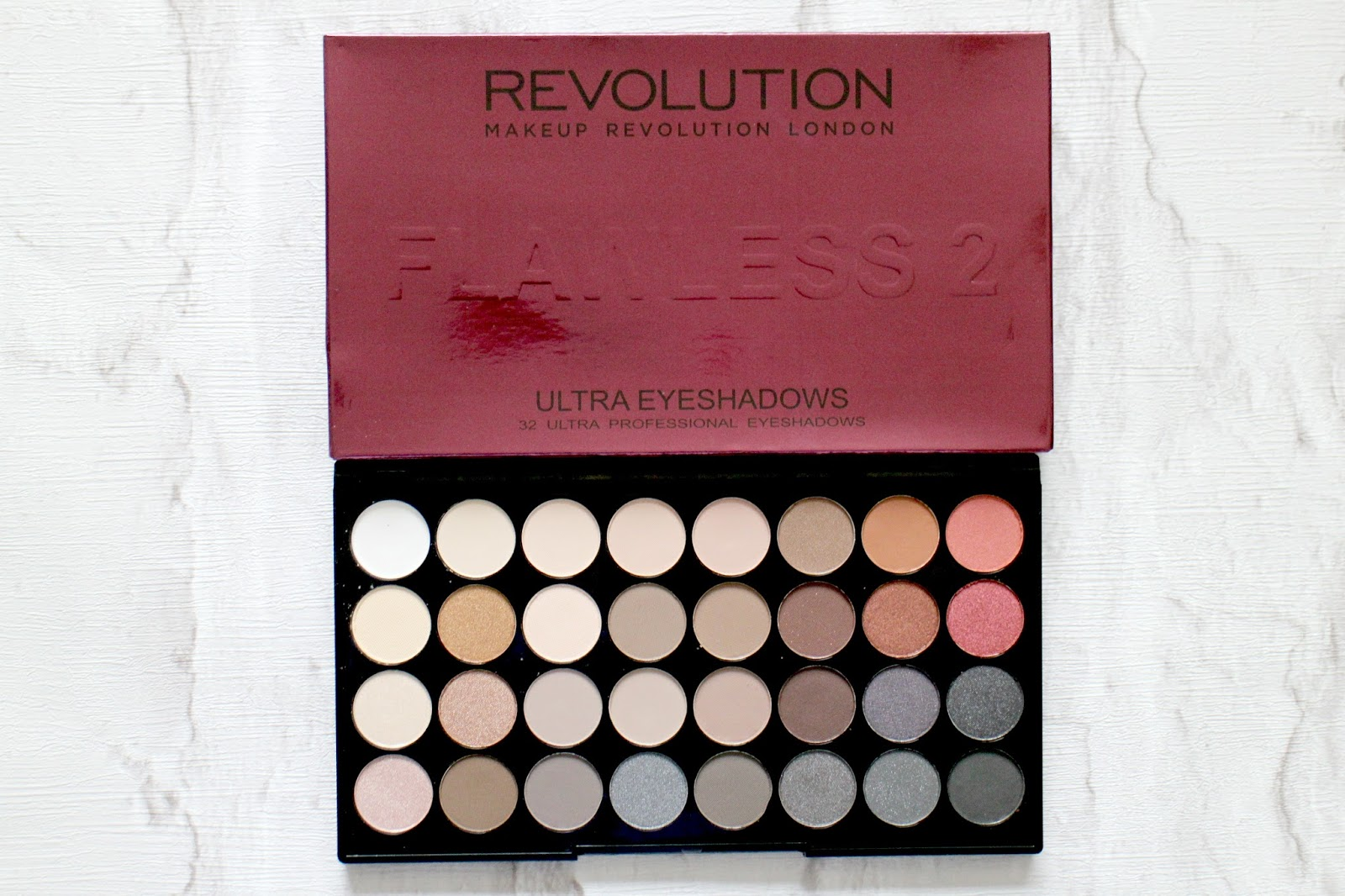 Makeup Revolution Flawless 2 Eyeshadow Palette