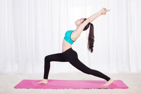 tu-the-chien-binh-trong-yoga