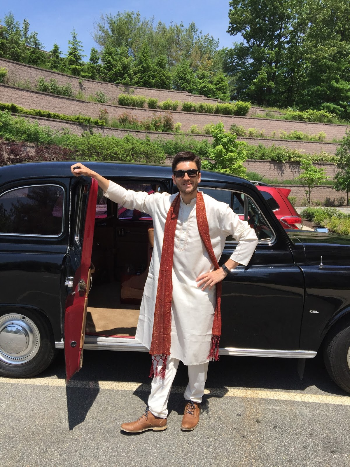 Indian Bride, British Groom and a Vintage Birtish London Taxi Cab ...