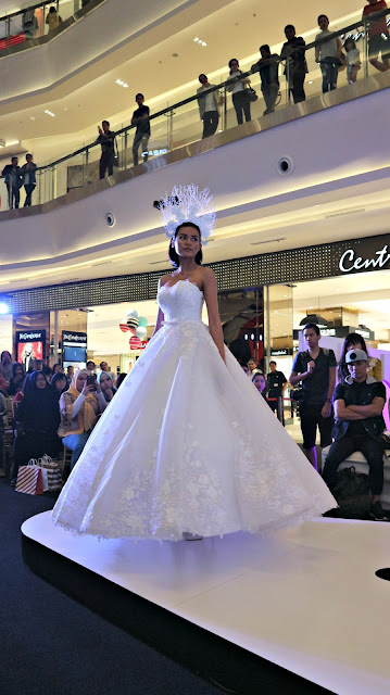 Neo In Style Fashion Show Runaway Neo Soho Mall YONSTUDIO by Yon Yulizar