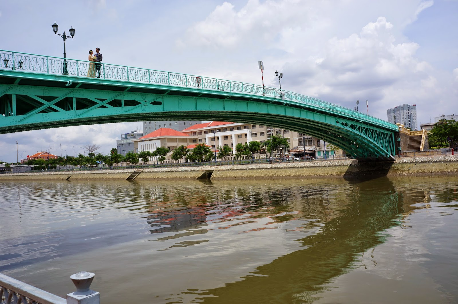 Mong Bridge, a popular place for wedding photography