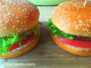 Hamburger- nasıl- yapılır- tarifi- evde hamburger yapımı- kisnis-kişniş otu, et