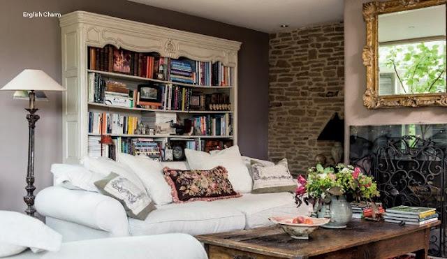 Lismary 39 s cottage dimora inglese for Case inglesi interni