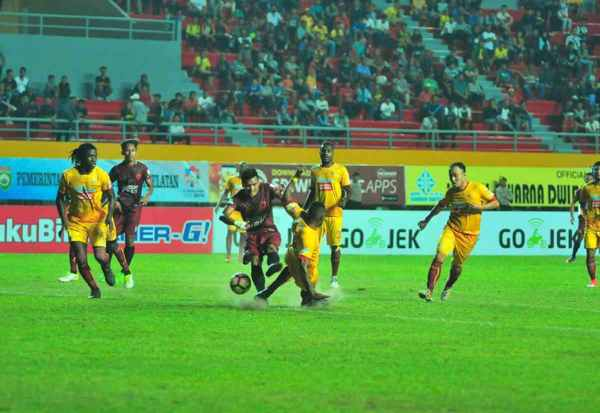 Sriwijaya FC vs PSM Makassar