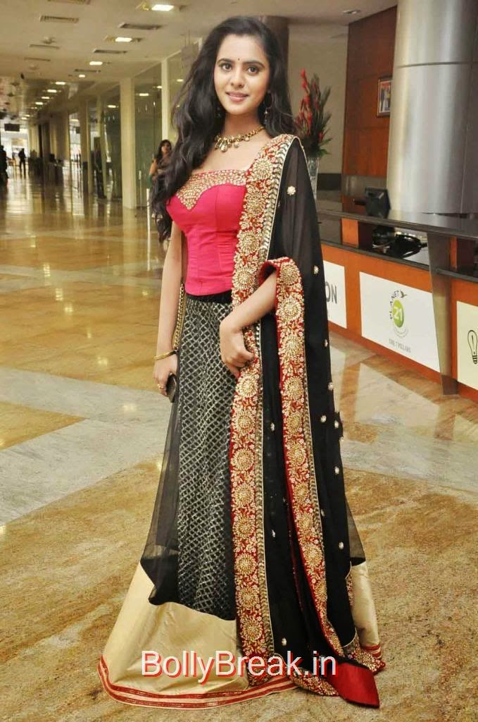 Manasa Pics, Manasa hot pics n Red and Black Lehenga
