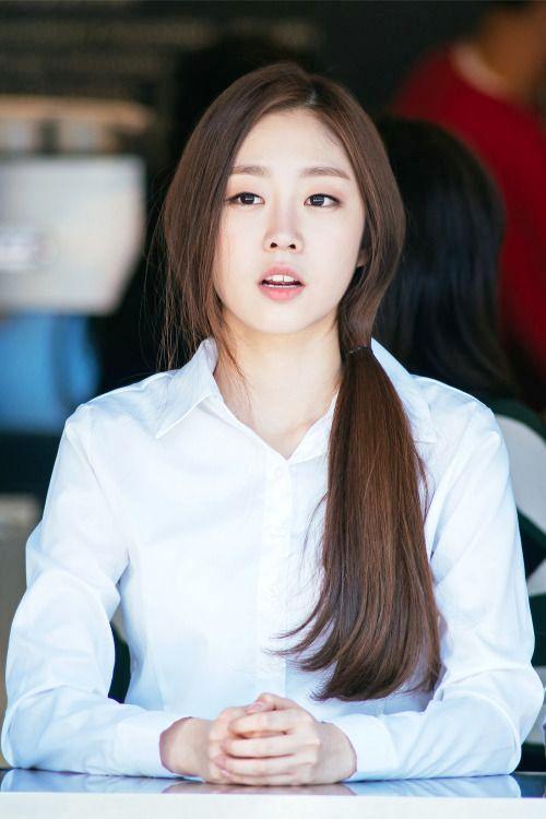 kemeja polos wanita korea yang lembut dan nyaman dipakai