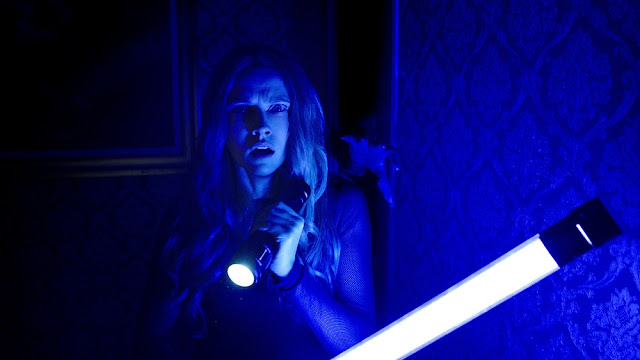 teresa palmer lights out movie still