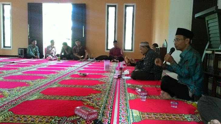 Jaga Tradisi Idul Fitri, MTsM Watulimo Gelar Halal bi Halal