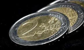o-neos-pio-katotatos-misthos-ton-52740-evro