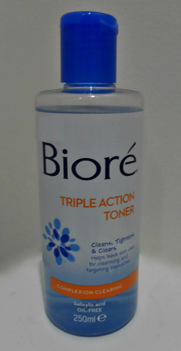 Alcohol free toner with salicylic acid