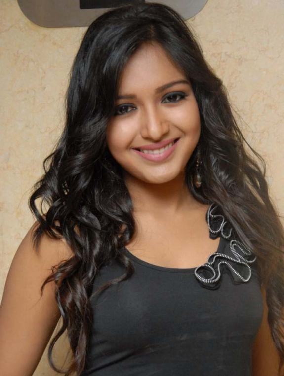 Tamil Actress Katherine Theresa Hot 123spicyactress