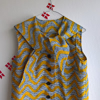 https://laukkumatka.blogspot.com/2019/03/huivikauluspaita-retro-bow-blouse.html