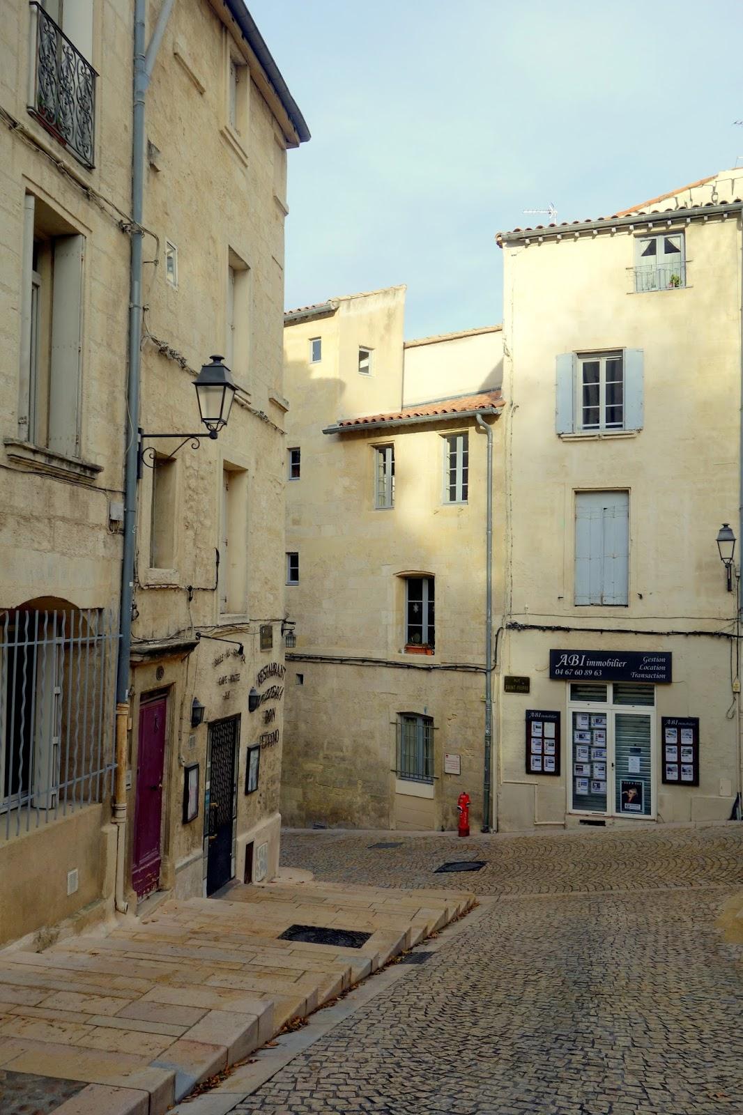 Montpellier break hivernal casquette et baskets on - Passage bleu laval ...