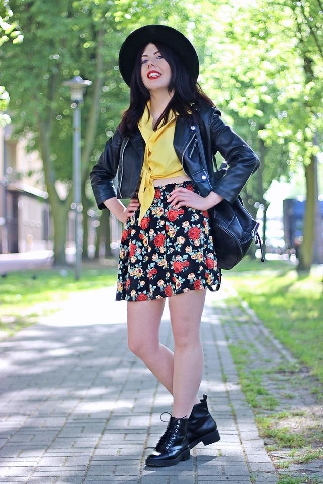 jak-nosić-spódnice-w-kwiaty-spódnica-w-kwiaty-H&M