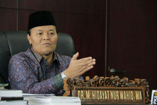 Wakil Ketua MPR: Pemerintah Tidak Bina Ormas, Ehh Main Bubarkan Aja