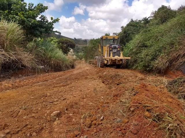 O trabalho não para! Prefeitura de Gravatá segue recuperando estradas na Zona Rural