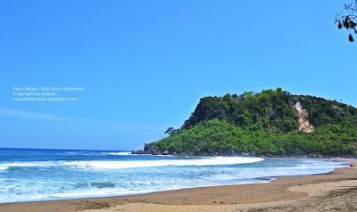 Pantai Pasur - Kesunyian Pantai Berpasir Hitam Blitar Selatan