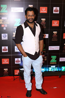 Bollywood Celebrities on the Red Carpet Of Zee Cine Awards 2017 Exclusive 017.JPG