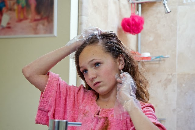 How To Remove Hair Dye Stains From Sink