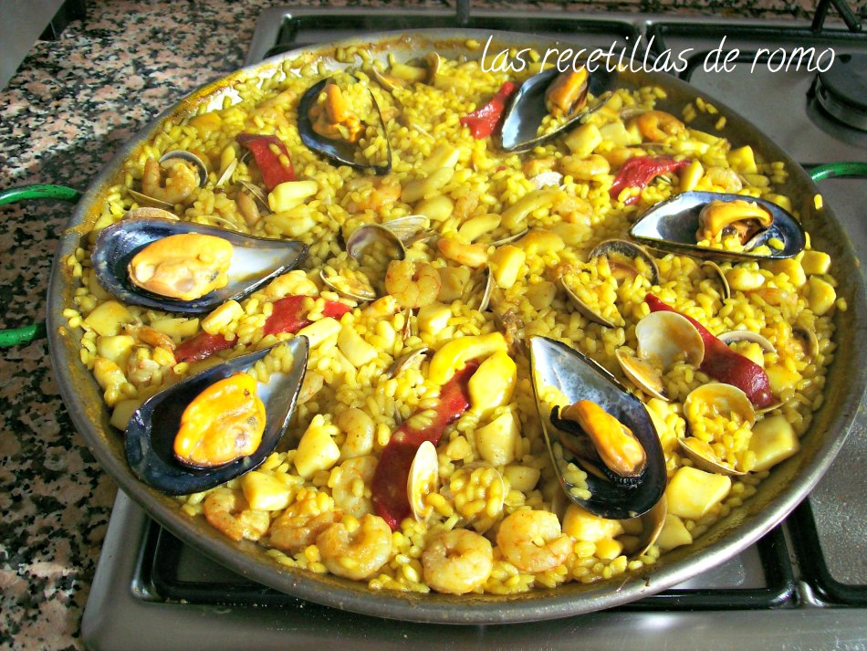 """paella marinera"""