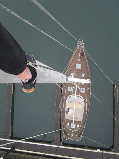 Hallberg Rassy 49 mast climb