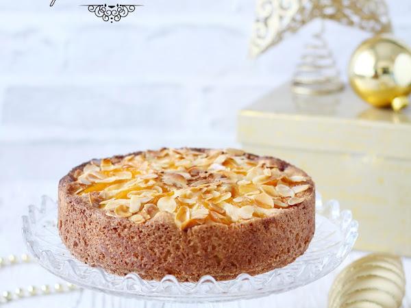 Torta Frangipane, senza glutine, con pesche e amaretti