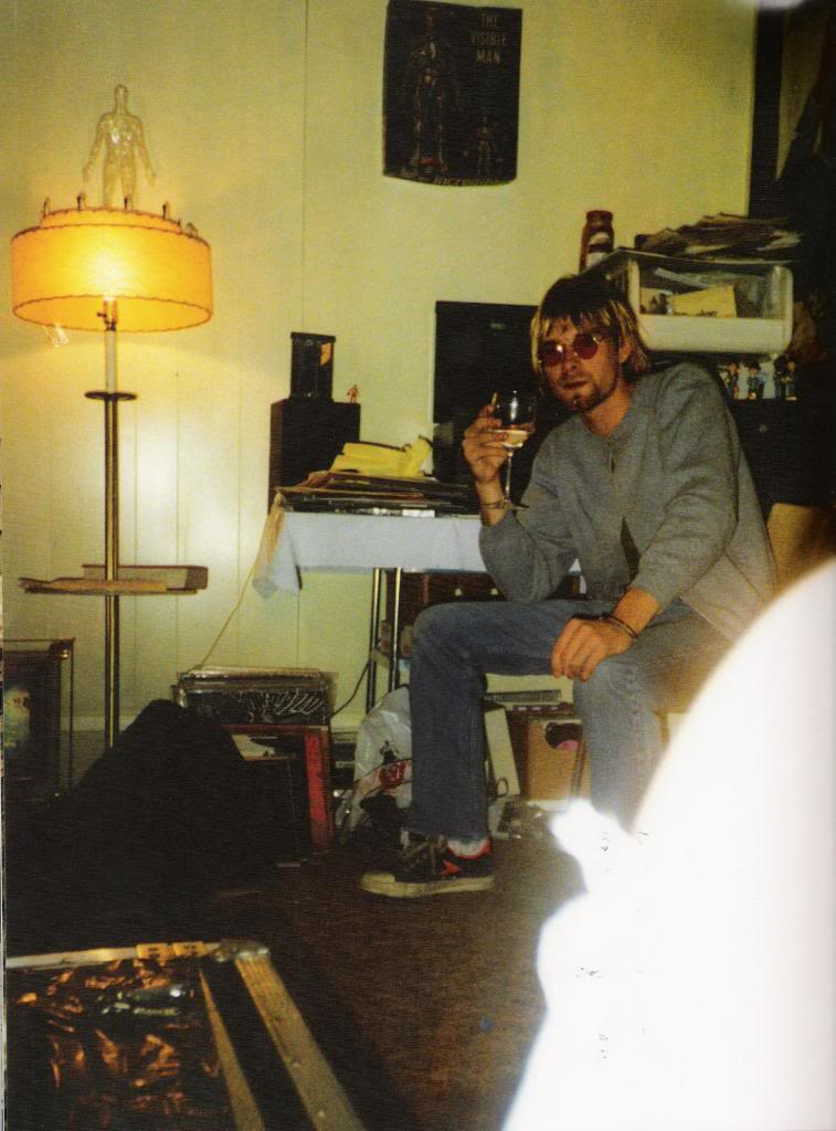 Kurt Cobain Rare Pictures  vintage everyday