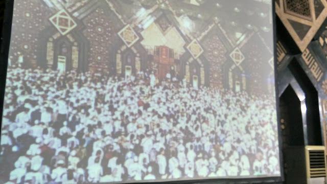 [Foto] Penampakan Membludaknya Dzikir Akbar di At-Tin Jelang Tahun Baru, Bikin Merinding