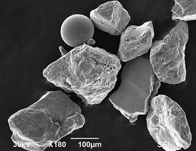 La arena de las playas de Normandía al microscopio