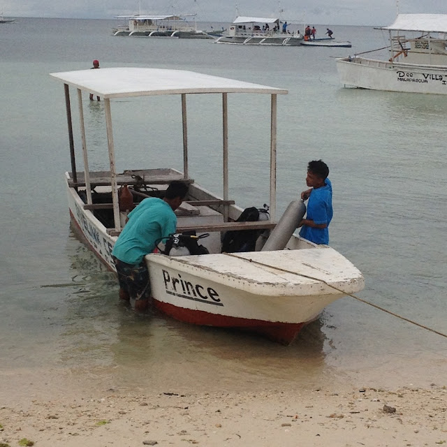 a skiff to take you from the pump boat to shore