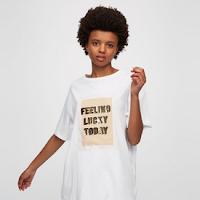 https://www.pullandbear.com/pl/pl/dla-niej/odzie%C5%BC/koszulki/koszulka-z-naszywk%C4%85-z-napisem-c29020p500052011.html#250