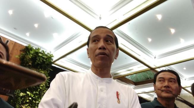 Presiden Jokowi Resmi Dilaporkan ke Bareskrim Polri
