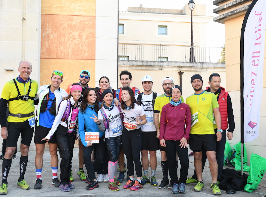 team happy running crew trail