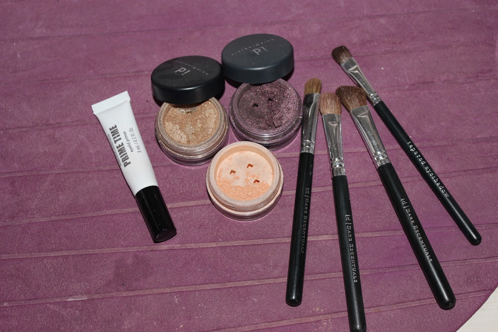 maquillage prune et or