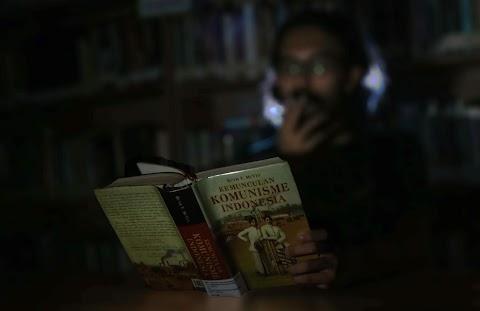 Apakah Benar, Komunisme Versus Agama Islam?