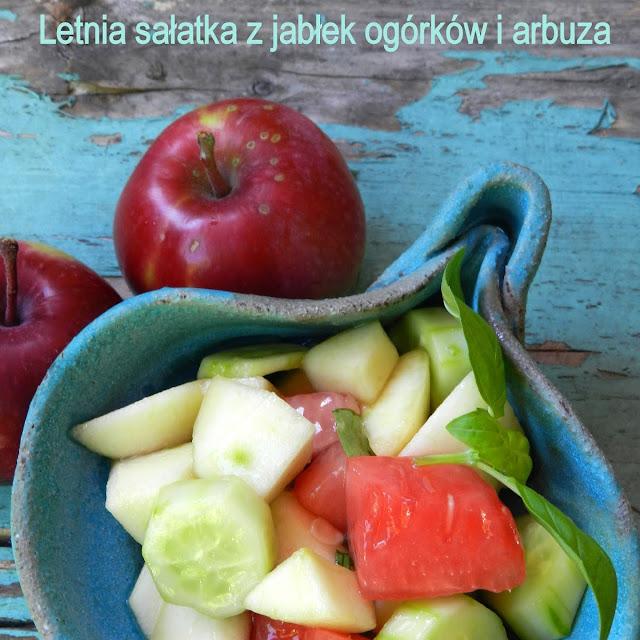 Letnia sałatka z jabłek ogórków i arbuza