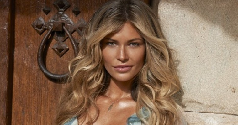 AtoZ Hotphotos: Samantha Hoopes