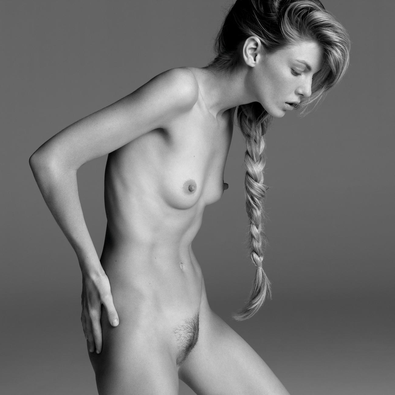foto-golie-supermodeli-bez-trusov