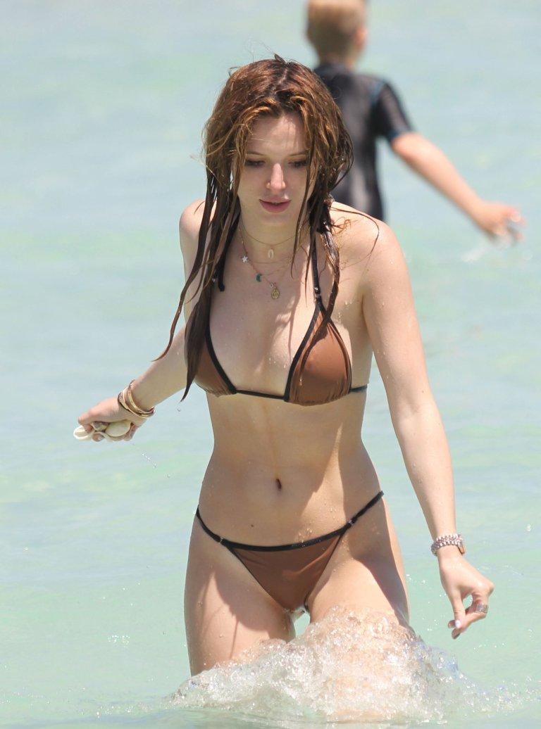 Bella Thorne Bikini 64