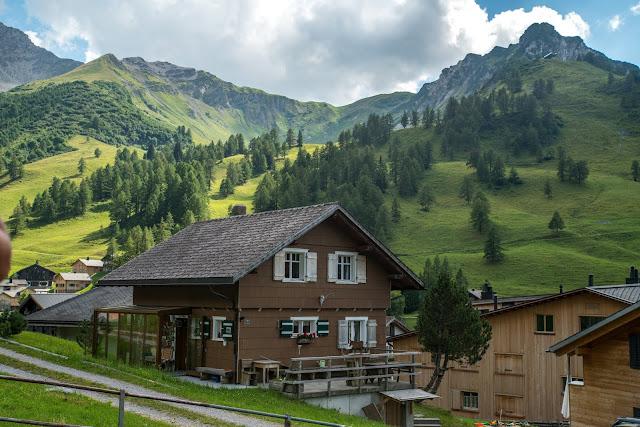 Fürstin-Gina-Weg  Augstenberg und Pfälzerhütte  Wandern in Liechtenstein 02